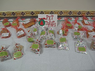 Homemade pet treats available!